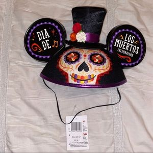 Authentic Disney park Dia de Los Muertos hat